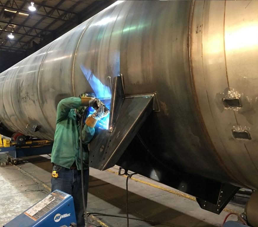Welding-on-Pressure-Vessel-1