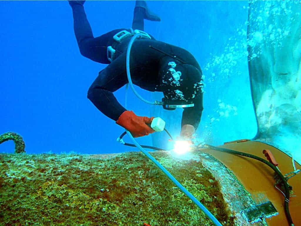 underwater welding 2