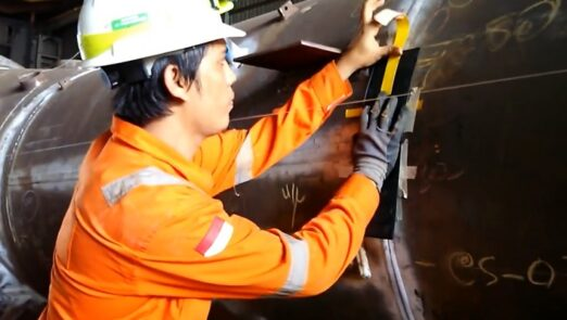 Radiography Testing Vessel Condensate Refinery Project
